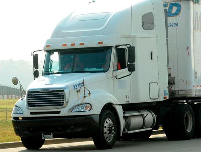 Fleet Maintenance: Your Commercial Truck Part Needs   AKMI